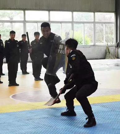 武装押运 中特保安保股份有限公司淄博站保护航