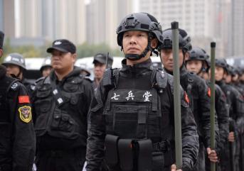 火场产生毒气,淄博保安应如何处理?